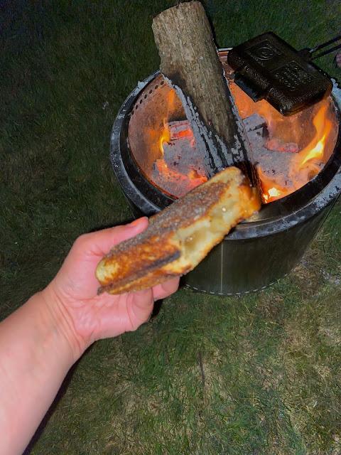 Campfire Apple Pie