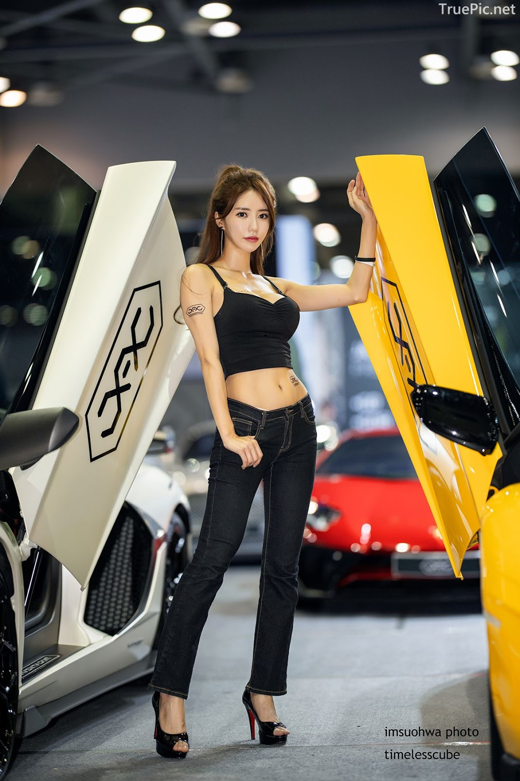 Korean Racing Model - Im Sola - Seoul Auto Salon 2019 - Picture 9