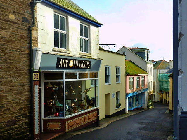 Fowey, Cornwall, Shops
