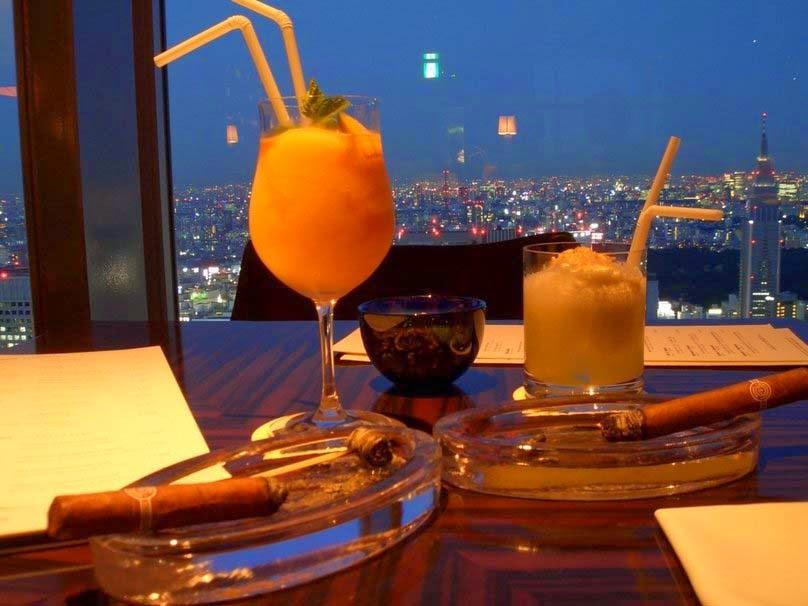 evening-drinks-nice-hd