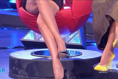 grande fratello vip gambe tacchi Adriana Volpe 20 settembre