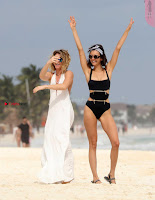 Nina+Dobrev+in+Bikini+Playful+Pics+in+bLack+Wow+at+a+Beach+in+Mexico+%7E+SexyCelebs.in+Exclusive+09.jpg