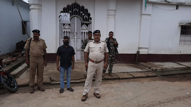 गिद्धौर पुलिस ने मुस्लिम बाहुल्य क्षेत्र में की गश्ती, कायम रखा शांति व्यवस्था