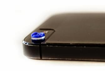 Micro Phone Lens turn your smartphone into a 150x microscope