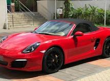 Vídeo: em Campina Grande, viatura da PM bate em Porsche avaliado em meio milhão