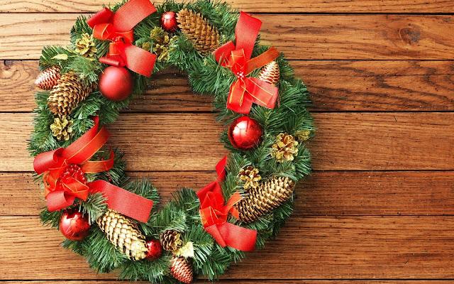 HD-Wreath-Christmas-Wallpaper