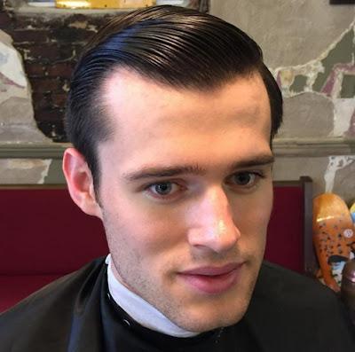 potongan rambut pria terbaru untuk siswa