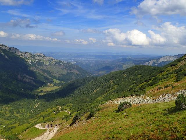 Podhale, Dolina Kondratowa i fragment Długiego Giewontu spod Przełęczy pod Kopą
