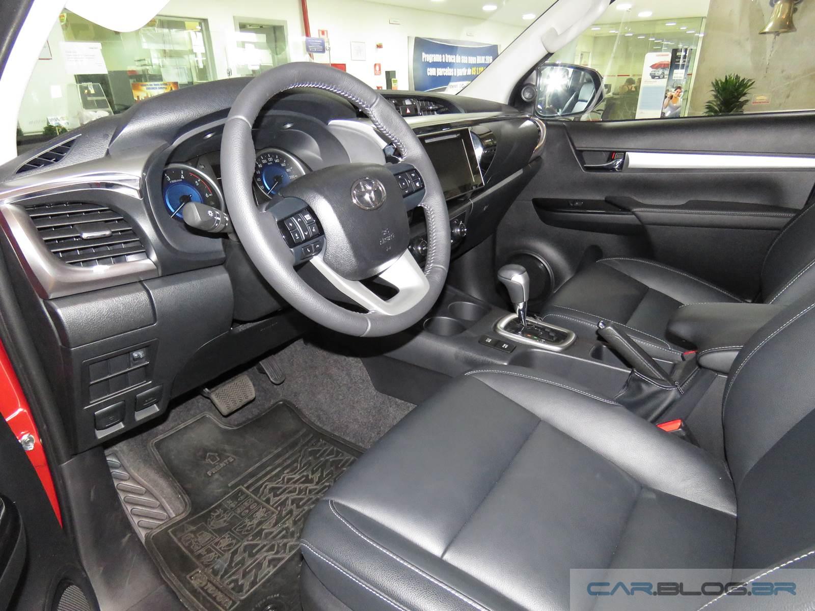 Toyota Hilux 2016 - infiltração de poeira