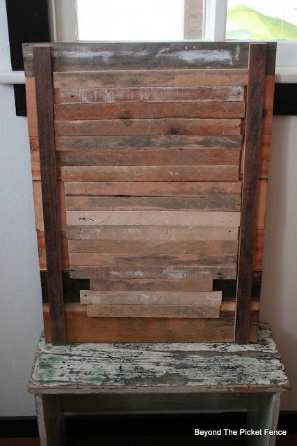lathe, reclaimed wood, barnwood, DIY, http://bec4-beyondthepicketfence.blogspot.com/2016/02/barnwood-lathe-cross-sign.html