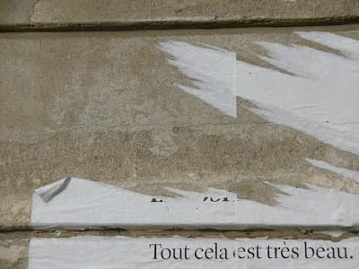 Restes d'affiches arrachées, Bordeaux, malooka