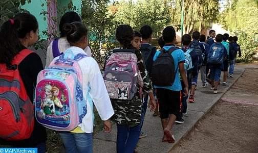 توقيف الدراسة بجميع مؤسسات التربية والتكوين لا يعني إقرار عطلة مدرسية استثنائية
