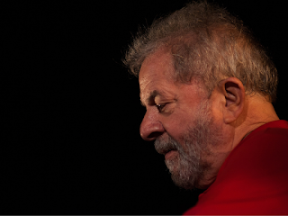 Lula volta a ficar elegível