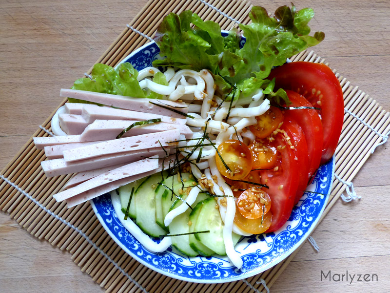 Salade d'udon froides