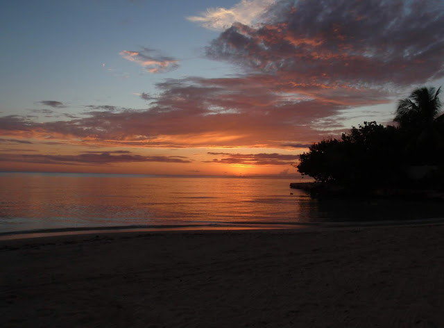 spectacular negril jamaica sunset