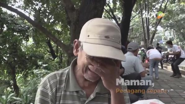 Sepi karena Corona, Bapak Penjual Sepatu Keliling Nangis Bingung Cari Uang
