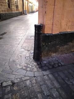 Los cañones en las calles de Cádiz