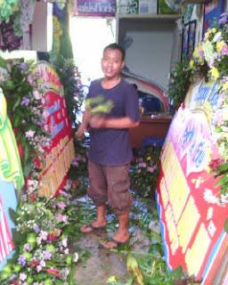 proses-pembuatan-bunga-papan