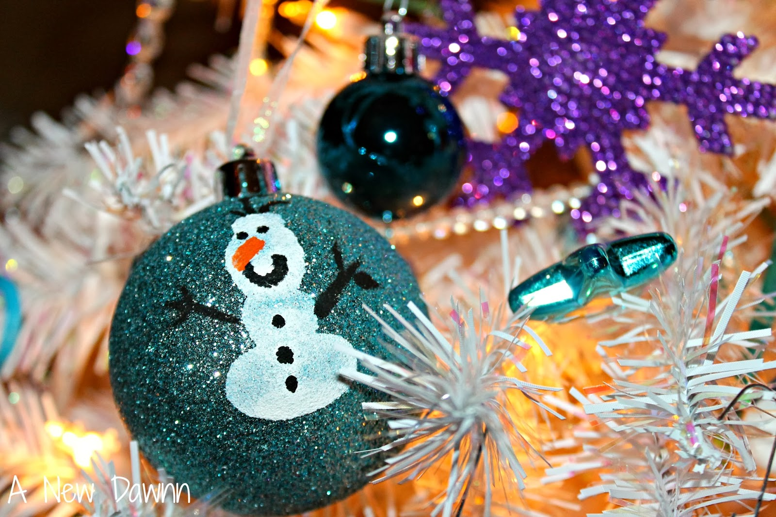 Disney Frozen Christmas Tree: Make Your Own Olaf Inspired ...