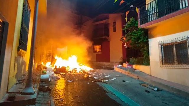 Caos en un pueblo de México tras rumor sobre un supuesto ataque químico con un dron para asesinar a la gente y reportarla como muertos por covid-19