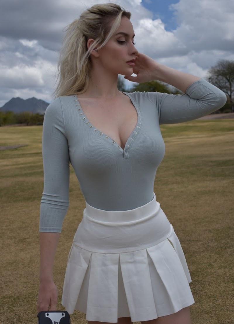 Paige Spiranac  Insta Clicks 24 Jun -2020