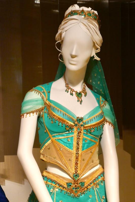 Princess Jasmine costume Aladdin