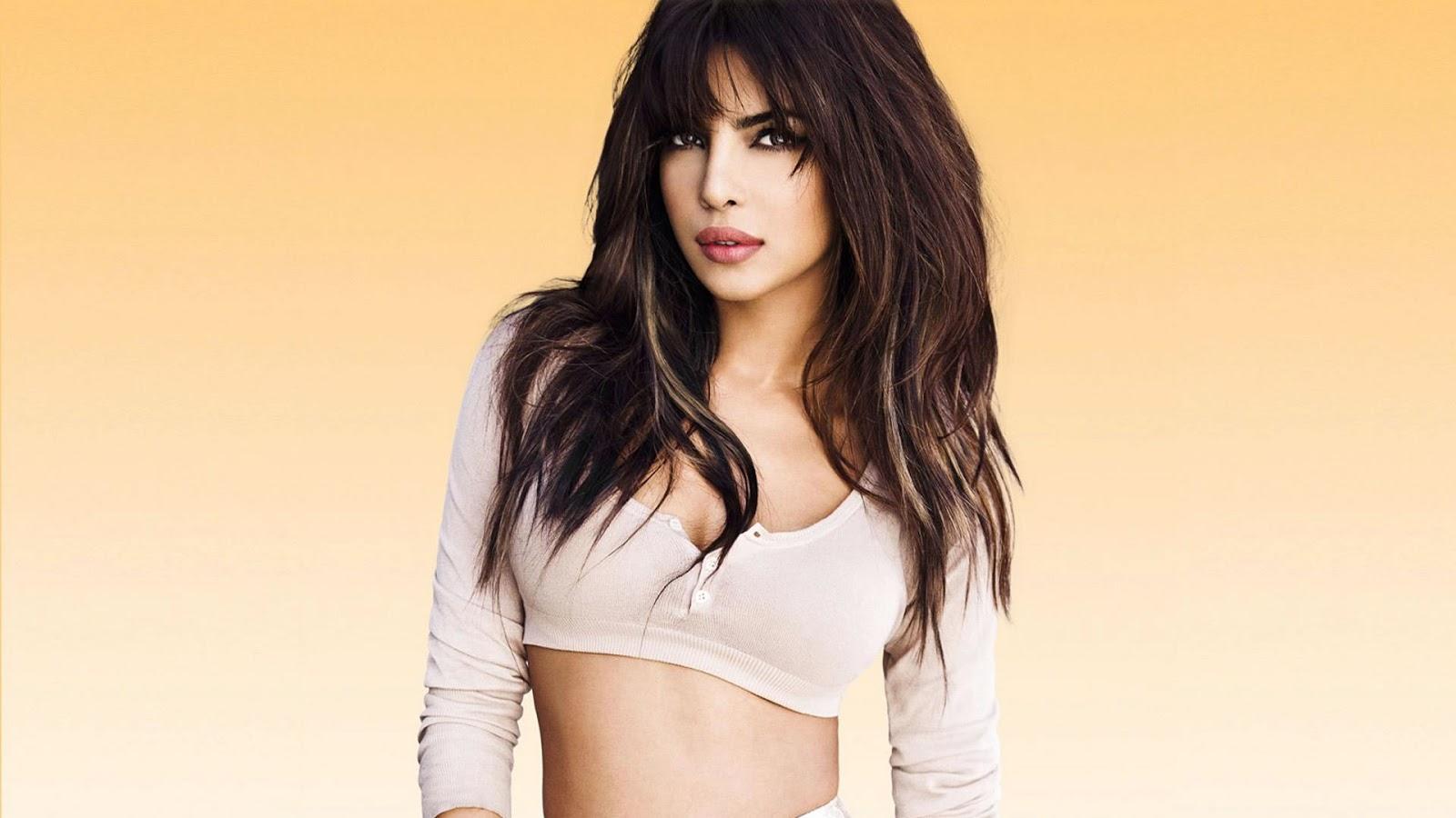 Full Sexy Priyanka Chopra