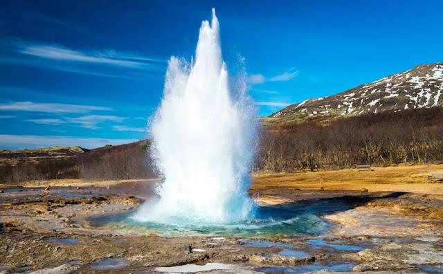 oi-thermopidakes-tis-islandias-ena-apo-ta-pio-entyposiaka-fysika-fainomena