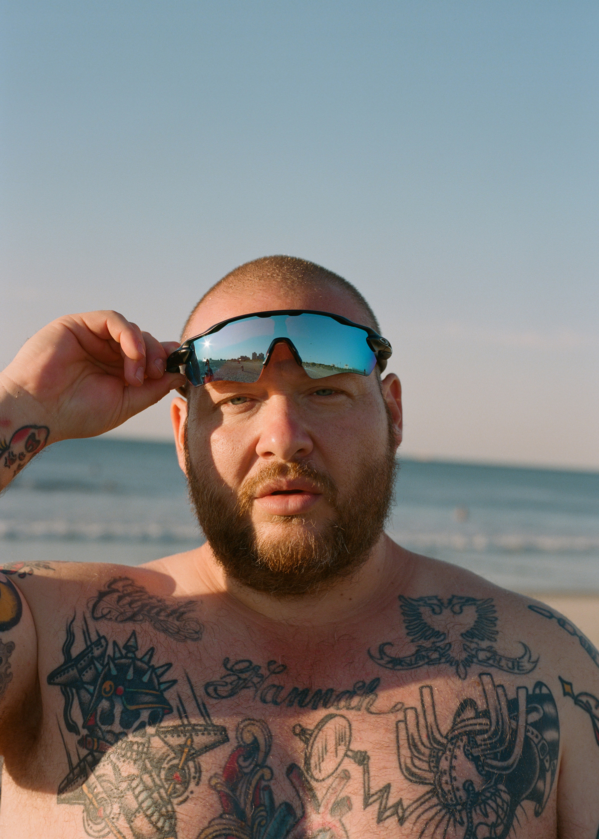 "ACTION BRONSON | NEUES ALBUM ""ONLY FOR DOLPHINS"" AB 25.09.2020  