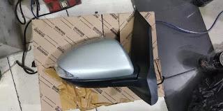 Spion Mazda 2013
