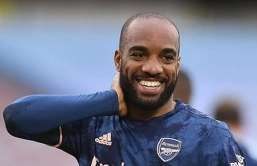 'Sevilla and Roma join Atletico in the race to sign Alexandre Lacazette'