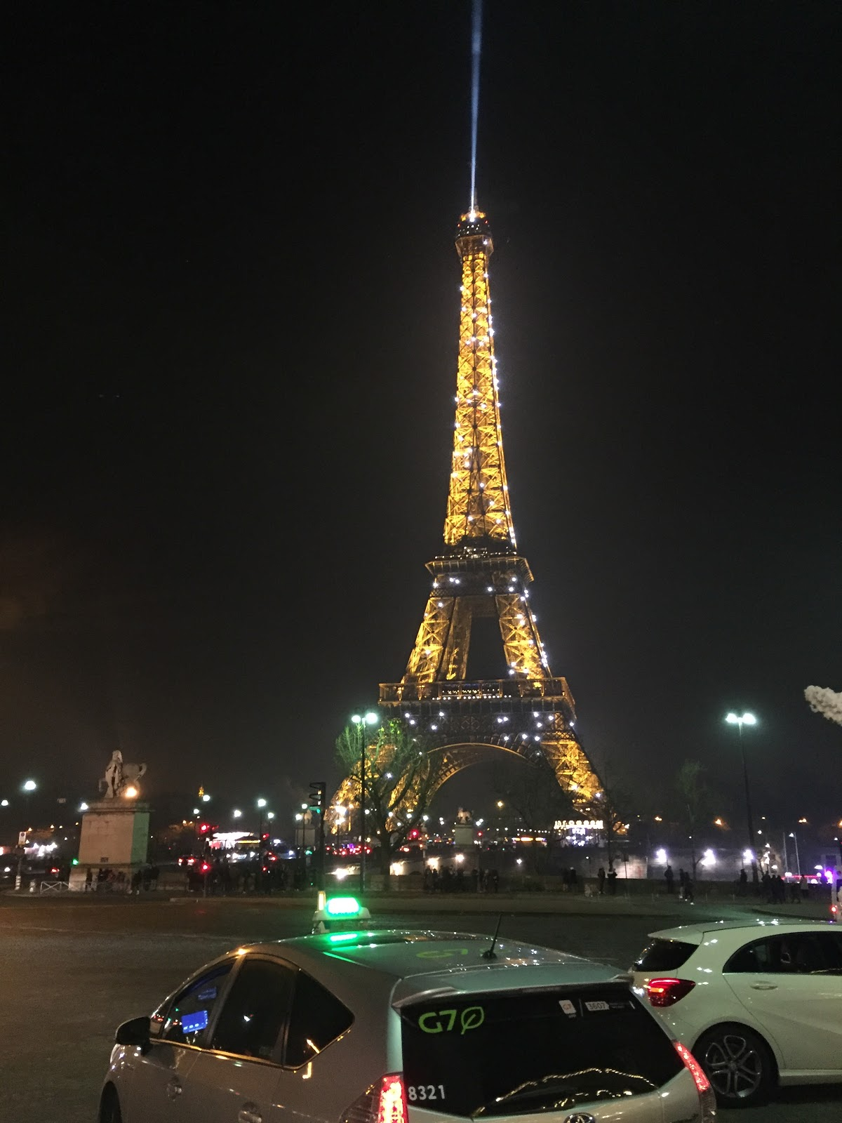 Flashy Flashy Eiffel Tower @ paris