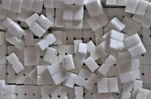 اضرار وفوائد السكر علي صحة الانسان
