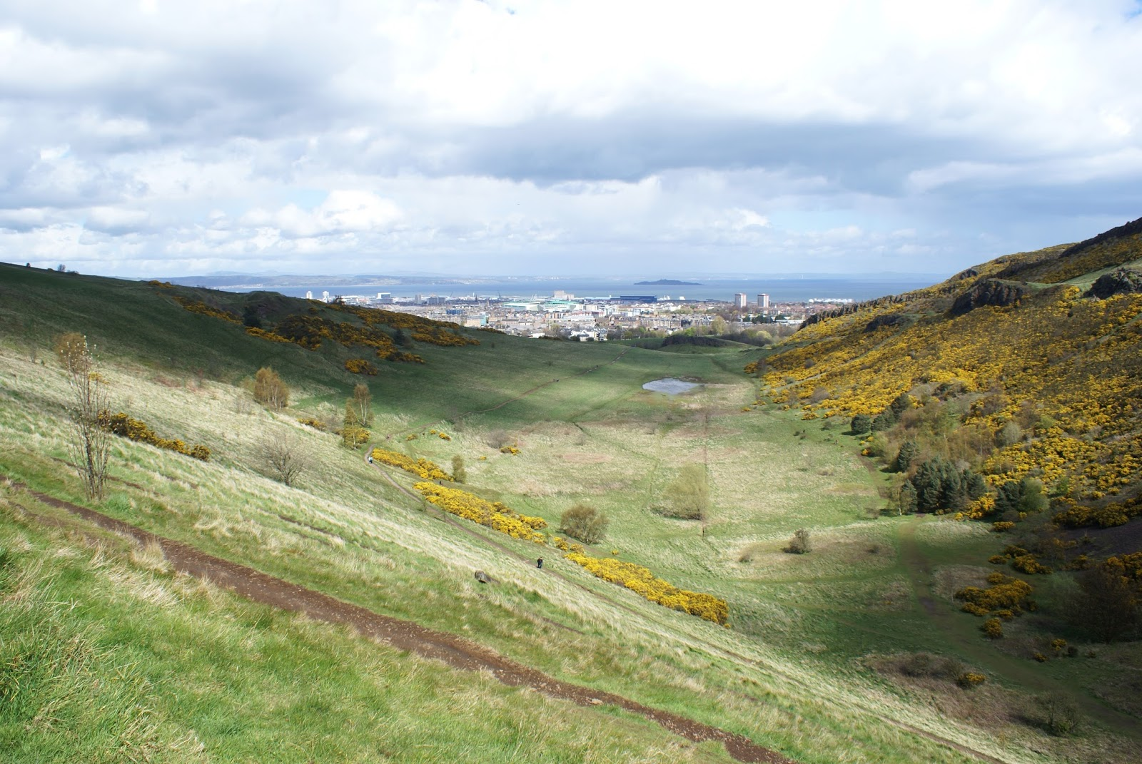edinburgh arthur's seat holyrood hill scotland uk