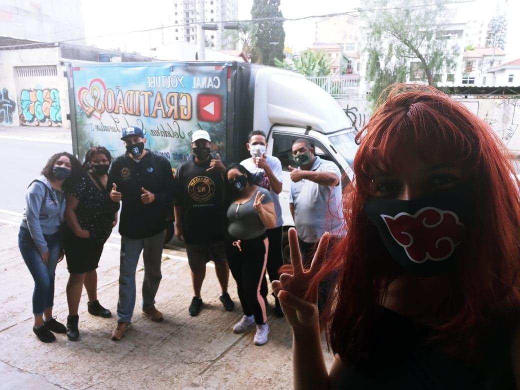 Juntos Somos Mais Fortes | Entrega de Marmitex à População de Rua