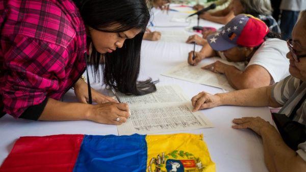 Trump propuso desplegar buques a lo largo de litoral venezolano