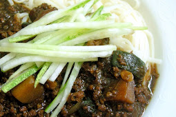 Jjajangmyeon 자장면 (Korean Blackbean Noodles)