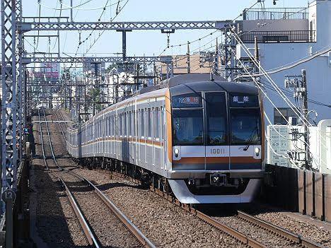 【種別オレンジの謎が判明】東京メトロ10000系の急行 飯能行き