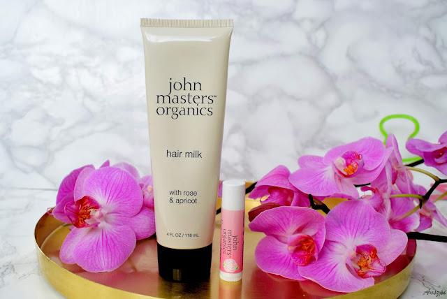 Testy naturalnych produktów marki John Masters Organics z Topestetic: mleczko do włosów z różą i morelą oraz balsam do ust