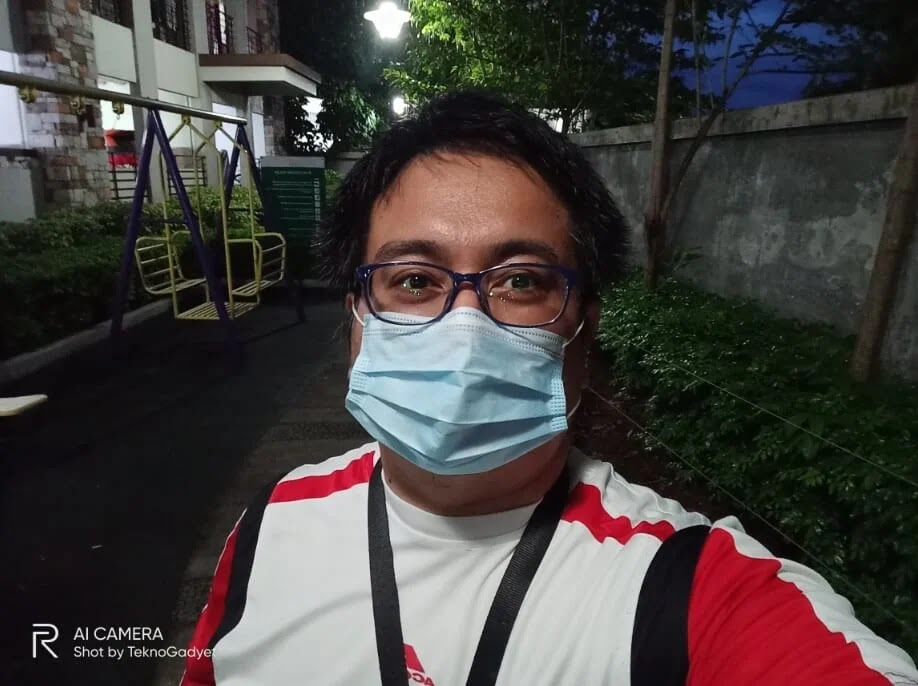 Realme 6 Camera Sample - Outdoor, Night, Selfie with Mask