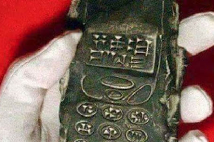 800 years phone found in Austria
