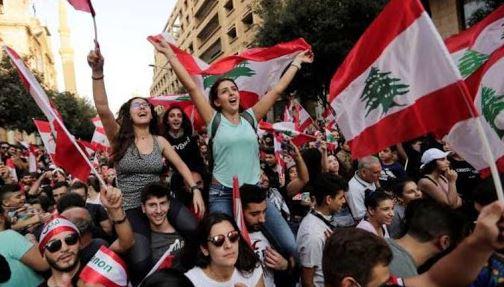 أسوأ أزمة تهدد استقرار لبنان منذ الحرب الأهلية