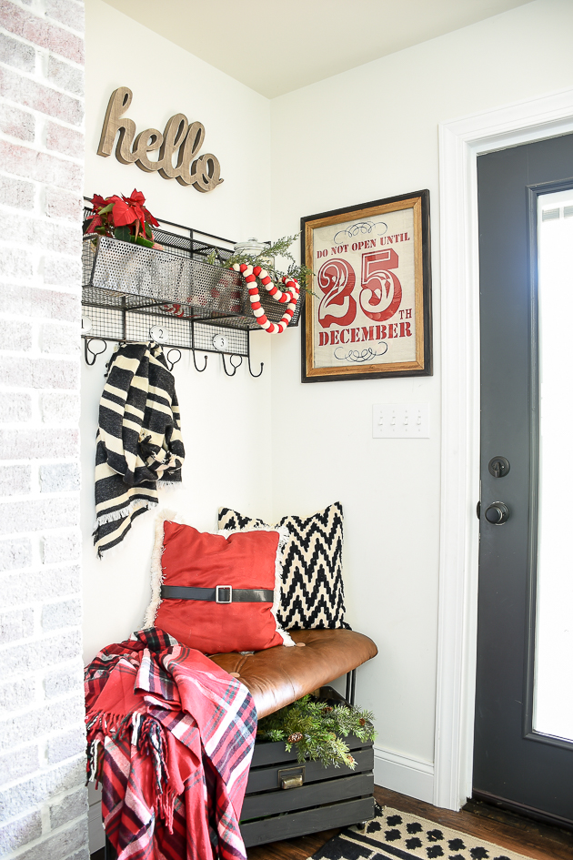 Framed burlap sack Christmas decor