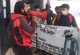 Diduga ada pungli di Kantor Syahbandar SEMMI Demo di DPRD  dan Minta Kepala Syahbandar di Copot