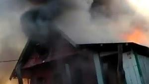 Kebakaran Di Tile-Tile Selayar, 6 Buah Rumah Dilalap Api