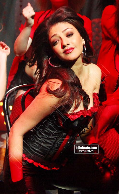 Voluptuous Chubby actress KAJAL agarwal