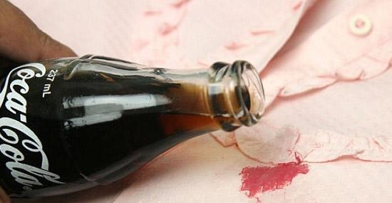 Truques de Limpeza com Coca-Cola - Tira manchas de tecidos