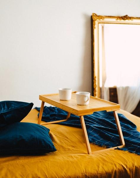 Accommodation Abroad, Lifestyle