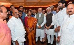 PM मोदी ने संसद सदस्यों को दिया डिनर; सोनिया, राहुल और अखिलेश नहीं हुए शामिल
