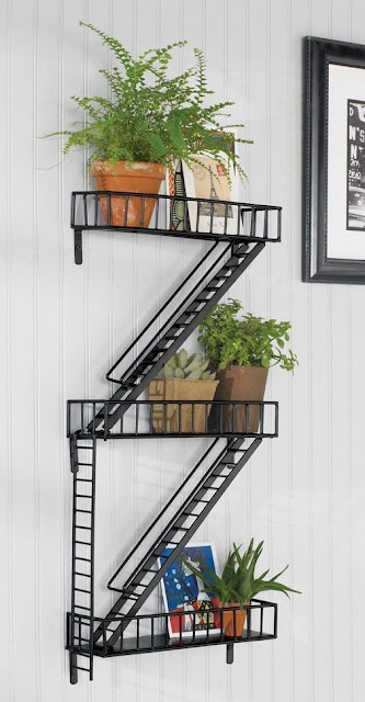 Escape Wall Shelf